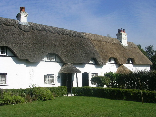 Thatched Cottages at Swan Green