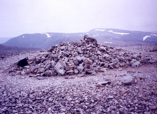 the summit cairn on Carn Aosda