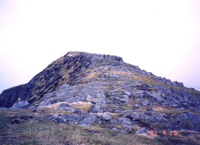 nearing the summit of Gleouraich