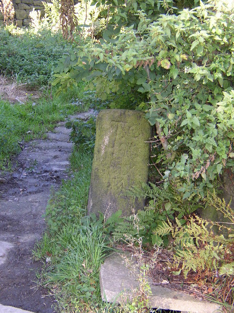 Guidestone at Lumbutts, Langfield