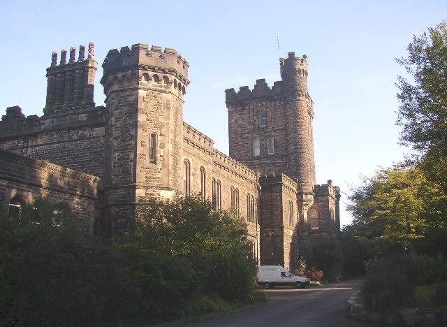 Dobroyd Castle, Todmorden