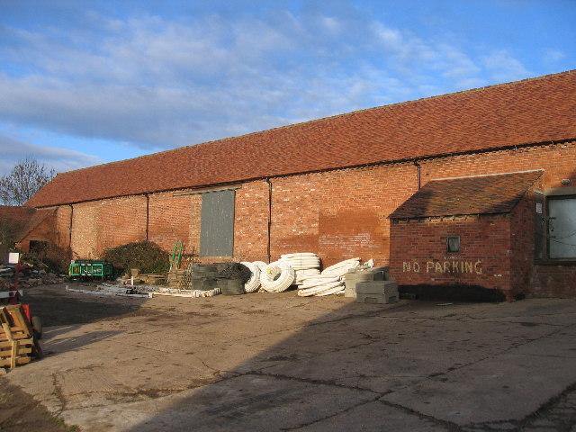 Newbold Comyn Farm Barn
