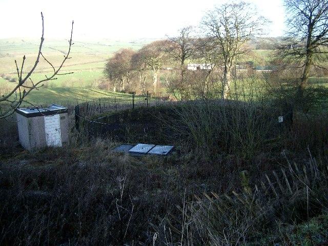 Disused reservoir above Darvel