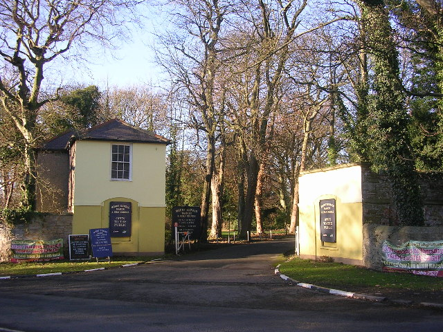 Entrance to Mount Oswald Golf Club, Durham