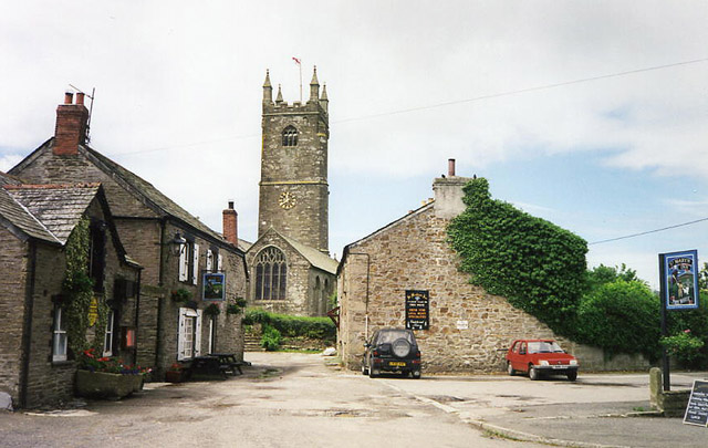 St Mabyn: St Mabyn's church and the St Mabyn Inn