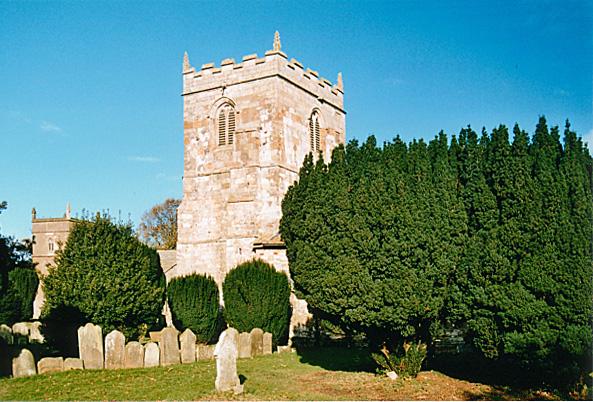 Alvingham churchyard