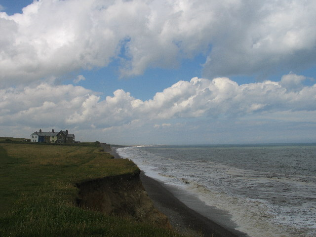 Cliff-top cottages near Weybourne