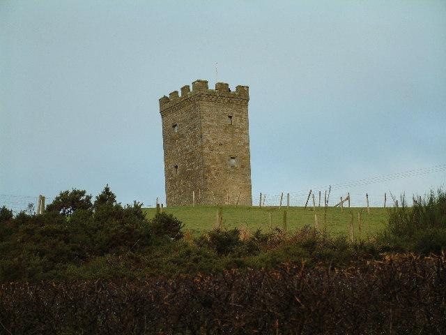 Castellated tower 'Folly' near Uplawmoor