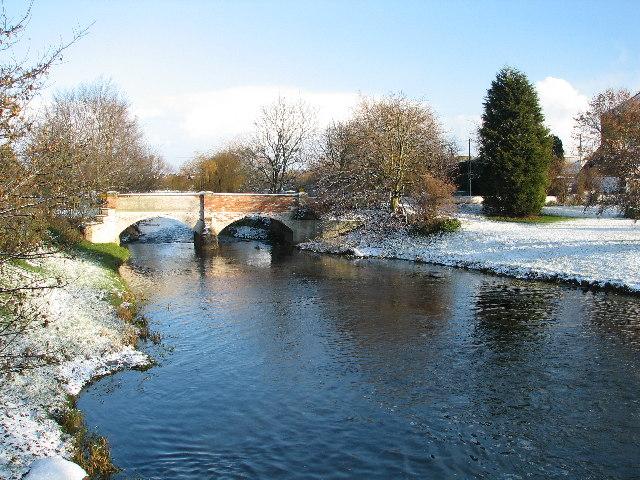 Mill Farm Bridge & Millpond, Claypole.