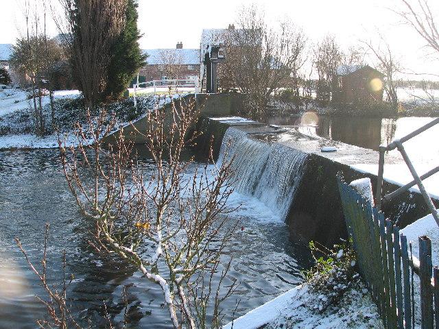 Claypole Weir, Mill Farm.