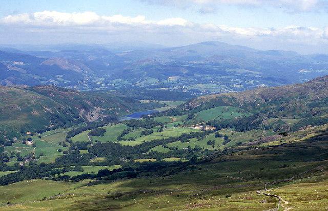 Llyn Gwernan from Cader Idris path