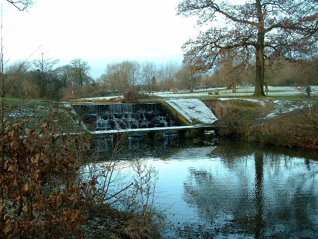 Weir and Lake, Cannon Hall Country Park