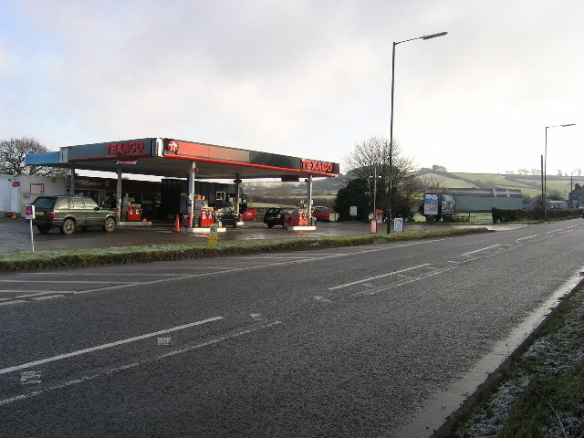 Wick, South Gloucestershire, Filling Station A420