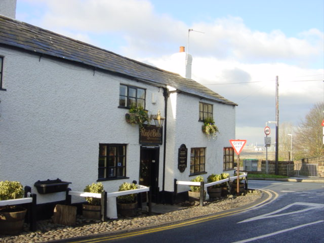 The Ring O'Bells PH, Overton