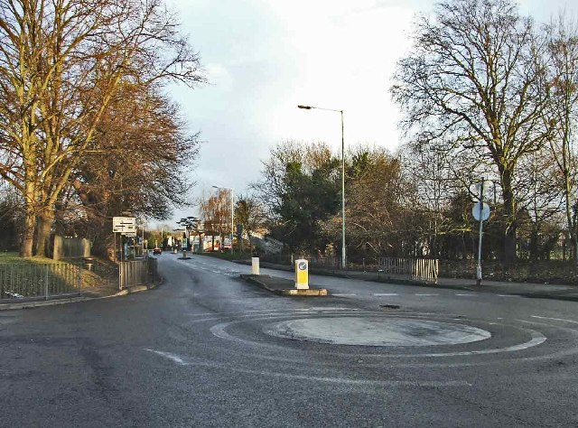 Roundabout on College Road Cheshunt