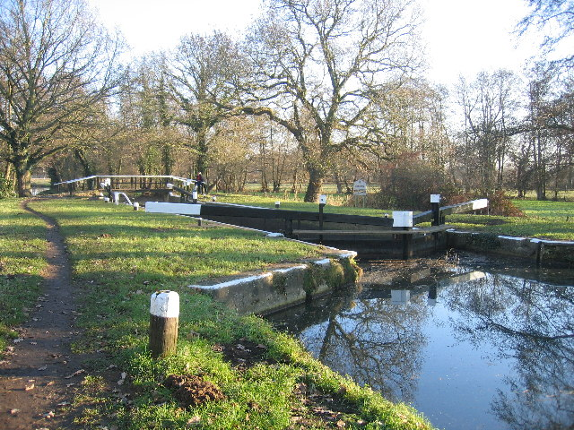 Newark Lock on the River Wey Navigation
