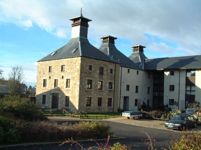 Former maltings at Pitlessie