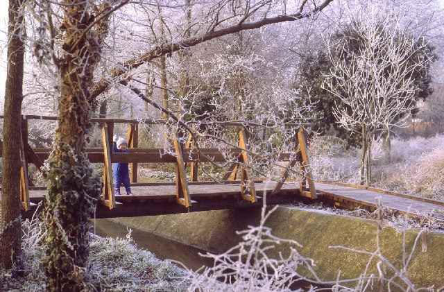 Bridge over the stream, Stanwell Moor in winter