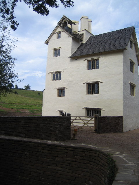 Allt-y-bela farmhouse