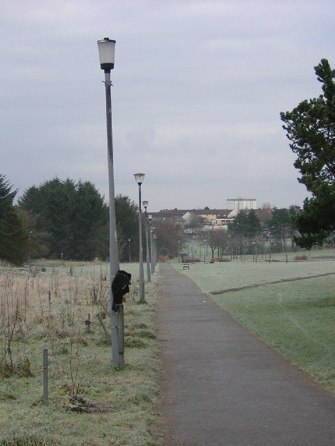 Footpath from Greenhills to The Murray