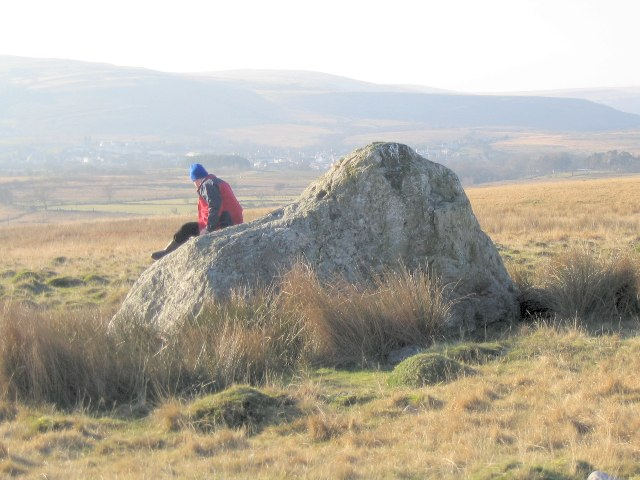 Large rock on low south slope of Pen yr Helyg