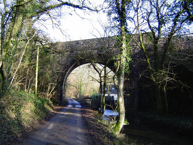 Railway bridge near Pont Alun