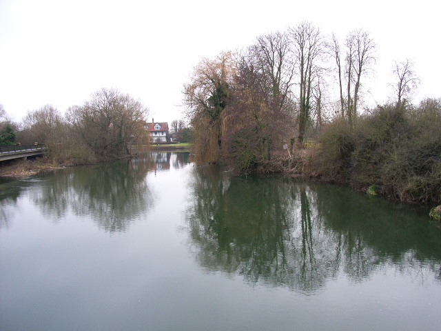 Backwater, River Thames and the French Horn