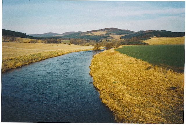 River Don, looking north to Bennachie