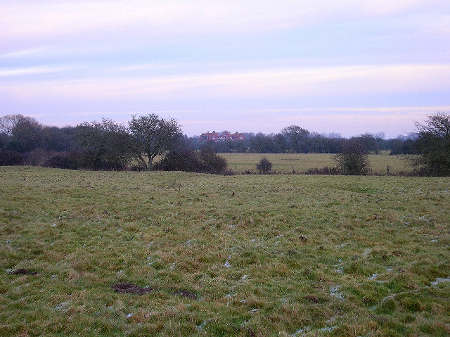 Across the fields towards Honer Farm