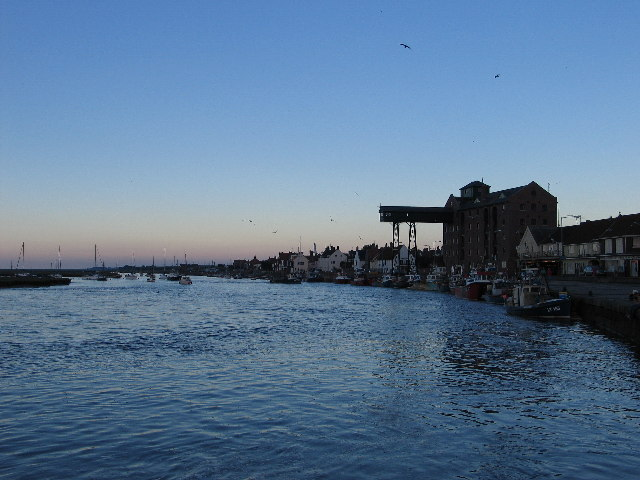 Wells-next-the-Sea harbour at full tide