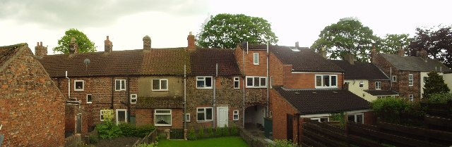 Stainthorp Terrace (rear view), Water End, Brompton