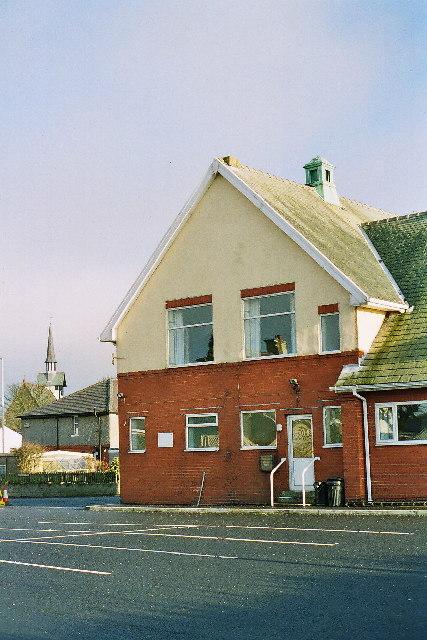 Memorial Hall, Salesbury