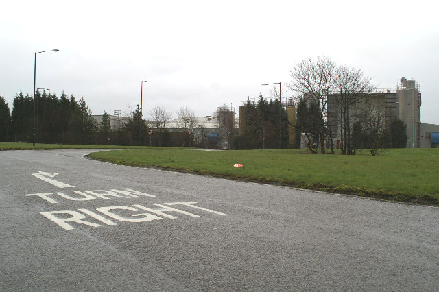 An entry onto the largest roundabout around