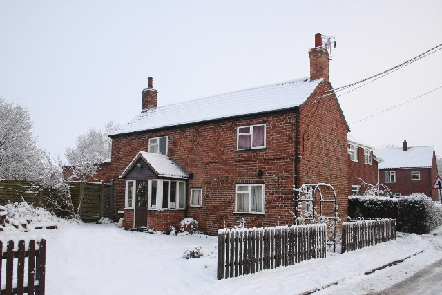 Cobblers Cottage in the snow