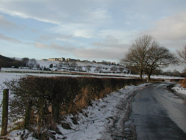 Lund's Lane looking towards Iveston village