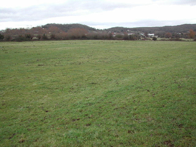 View across grid square towards Cadbury Hill