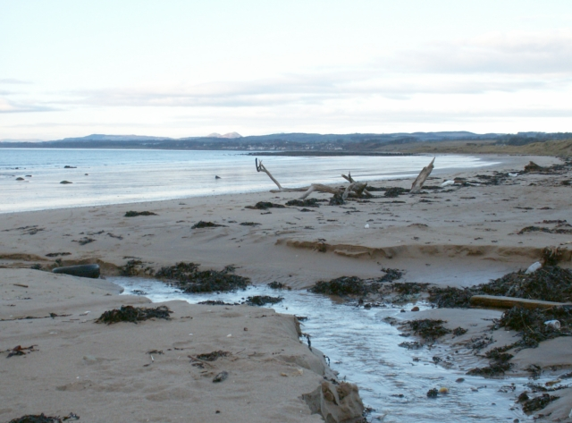 Largo Bay, centre section