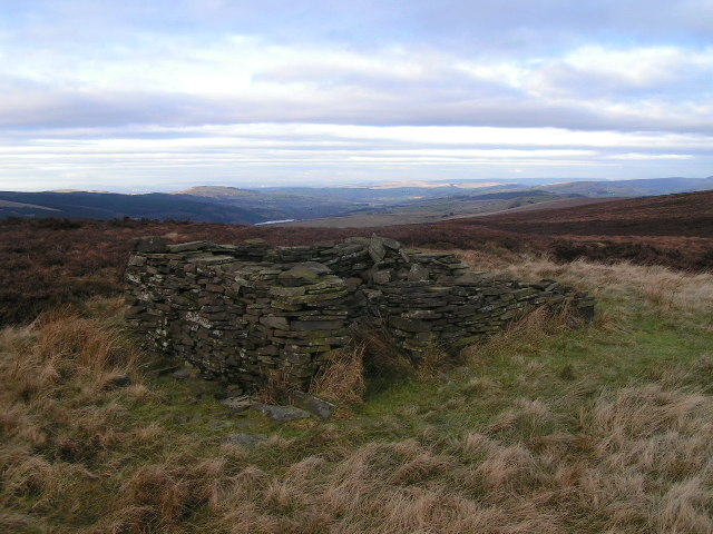 Ruined hut, Burbage Edge
