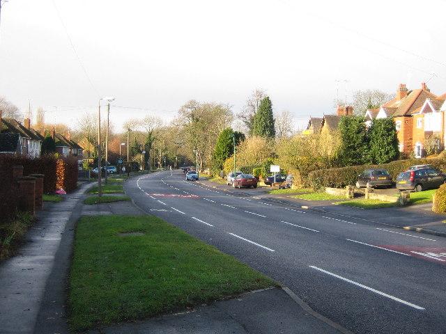 Meriden. Main Road. B4102