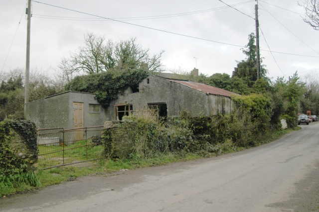 Derelict shed, Tideford Cross