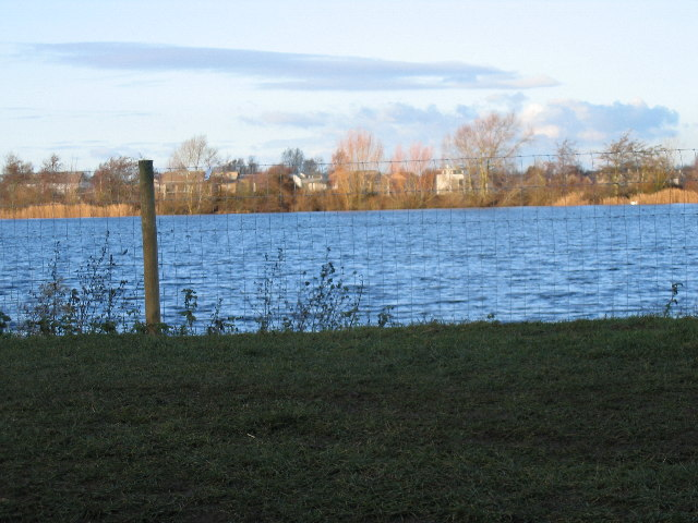 Flagham Lake, Lower Mill Estate