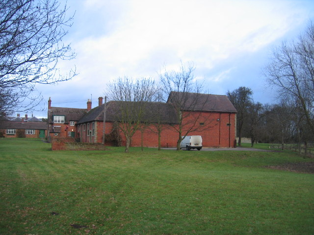 Outbuildings, Chadshunt House