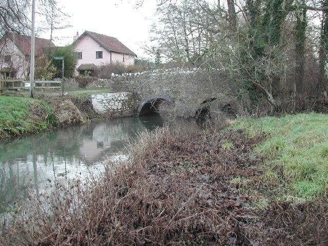The Congresbury Yeo flows through the hamlet of Iwood