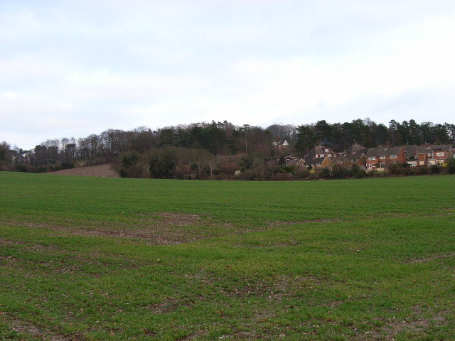 Farmland and houses, north of Bourne End