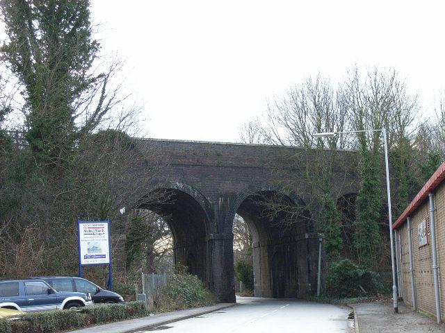 Railway bridge, Oldfield Road, Maidenhead
