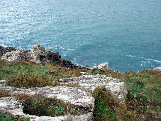 Cliffs at Carn Naun Point