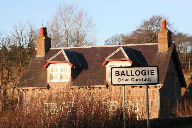 Bridge End, Ballogie