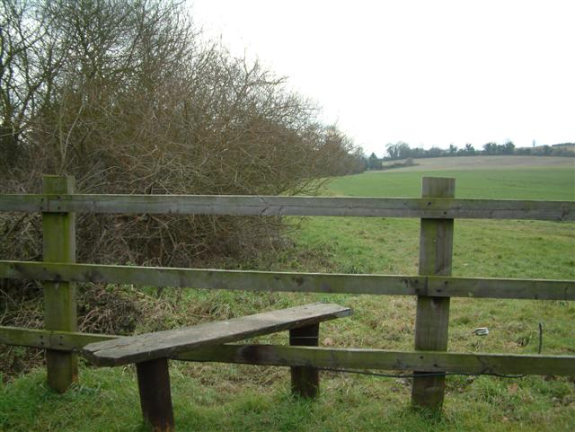 Footpath to Shalbourne...