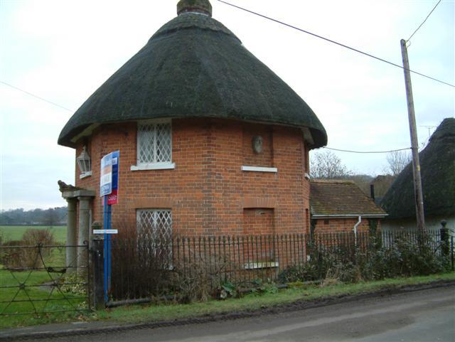 Octagonal Cottage, Stoke