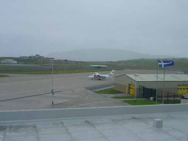 BA Manchester flight arriving at Sumburgh Airport
